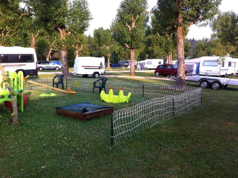 Camping le Lignon - Espace jeux